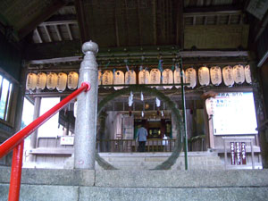 06総拝殿から本殿見る+.jpg