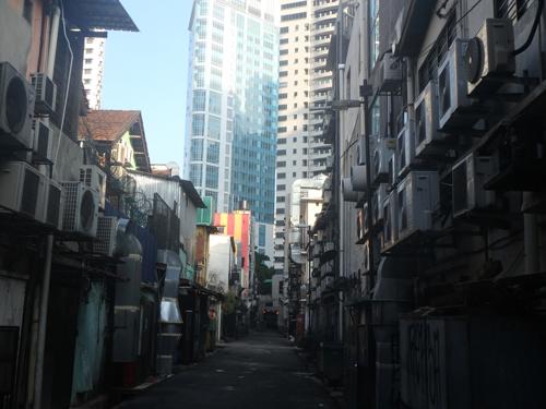 city-backsidestreet.jpg